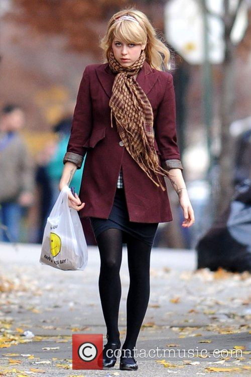 Peaches Geldof returns to her Brooklyn home after...