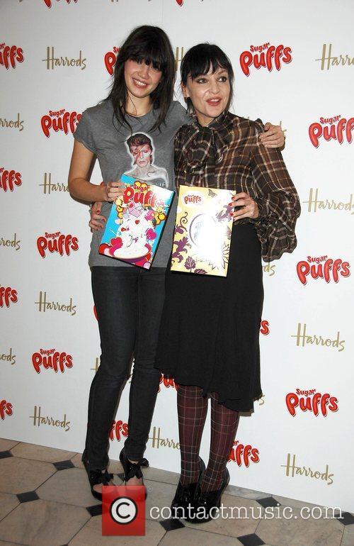 Daisy Lowe and Pearl Lowe 4