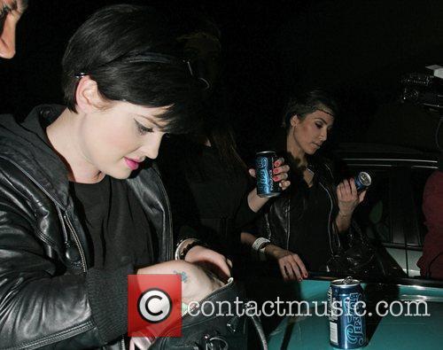 Kelly Osbourne and Kim Kardashian 8