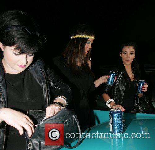 Kelly Osbourne, Khloe Kardasian and Kim Kardashian 1
