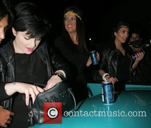 Kelly Osbourne, Khloe Kardasian and Kim Kardashian depart...