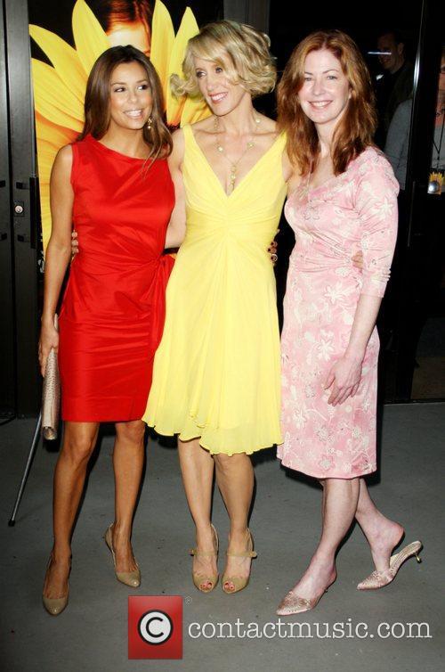 Eva Longoria and Felicity Huffman 2