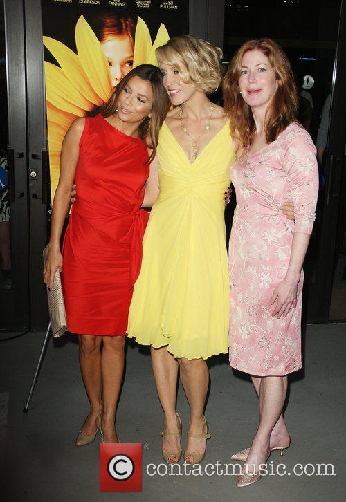 Eva Longoria and Felicity Huffman 1