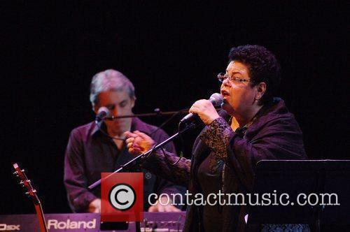 Phoebe Snow performing live at the Lobero