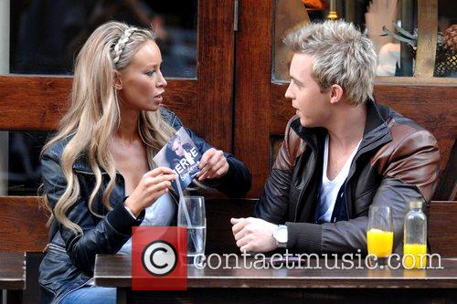 Dj and Lauren Pope 7