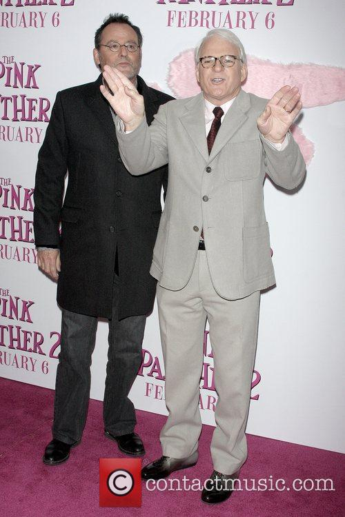Jean Reno and Steve Martin 5