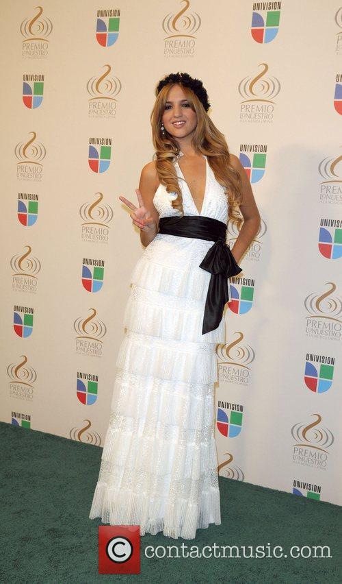Eiza Gonzalez 3