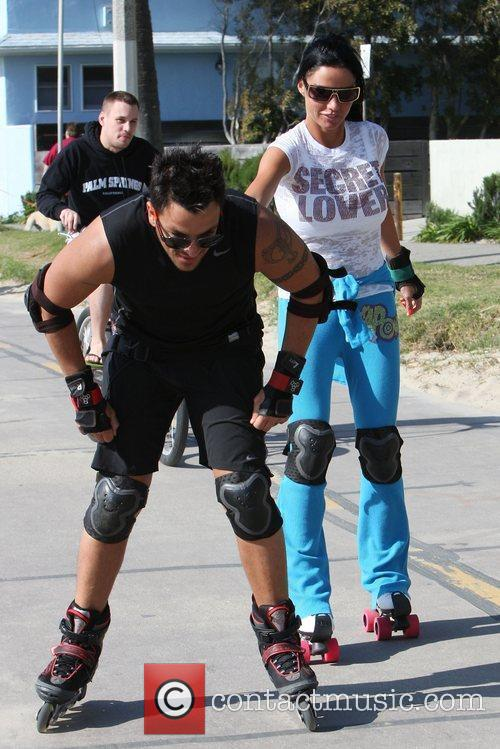 Peter Andre, Jordan, Aka Katie Price, Skating After Leaving Venice Bike and Skates 6
