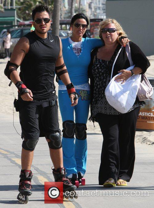 Peter Andre, Jordan, Aka Katie Price, Skating After Leaving Venice Bike and Skates 1