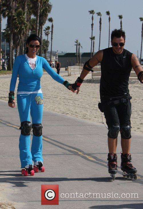Peter Andre, Jordan, Aka Katie Price, Skating After Leaving Venice Bike and Skates 9