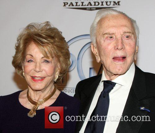 Kirk Douglas and Anne Buydens 8