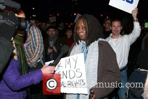 Whoopi Goldberg and Jesus Christ 3