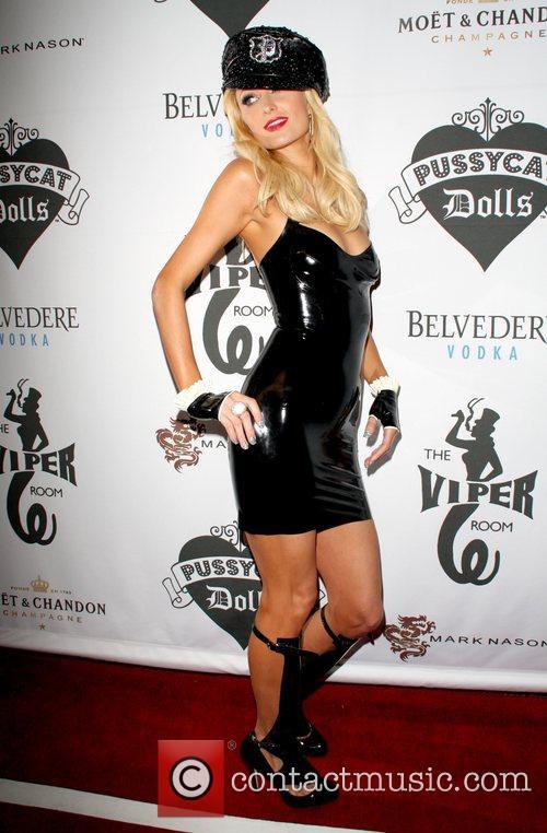 Hostess Paris Hilton The Pussycat Dolls special performance...