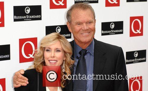 Glen Campbell (r) and partner  The 2008...