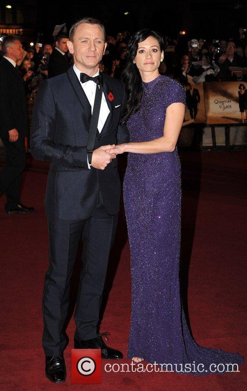 Daniel Craig and James Bond 16