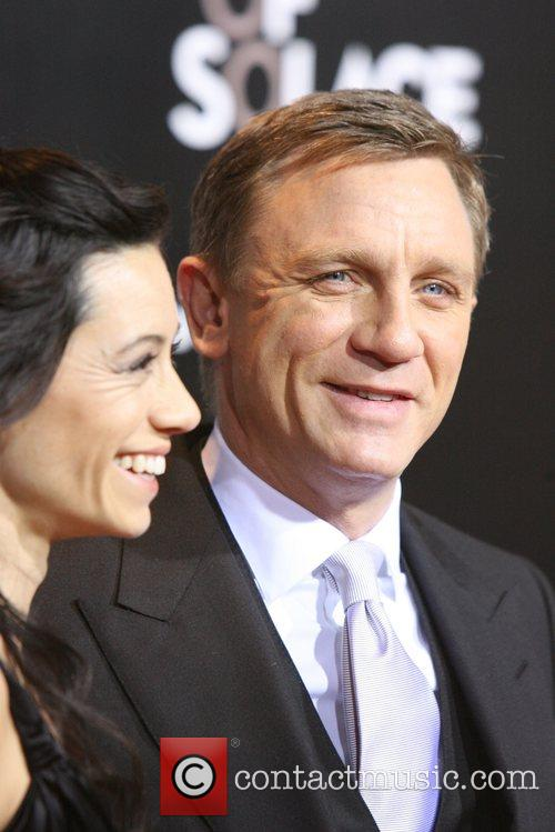 Daniel Craig and James Bond 4