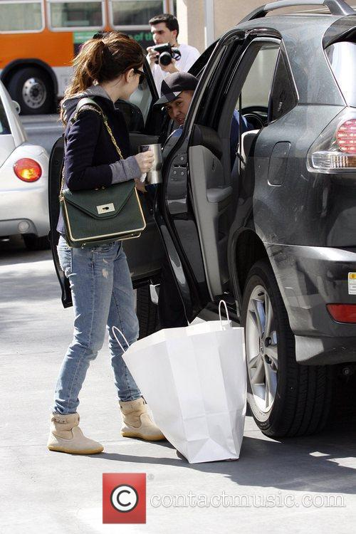 Newly engaged, Rachel Bilson, visits a friend in...