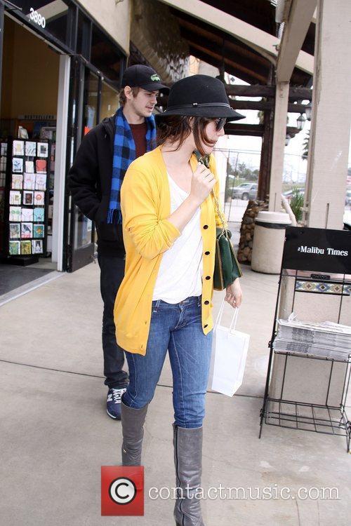Rachel Bilson and Hayden Christensen 1