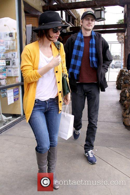 Hayden Christensen and Rachel Bilson 3