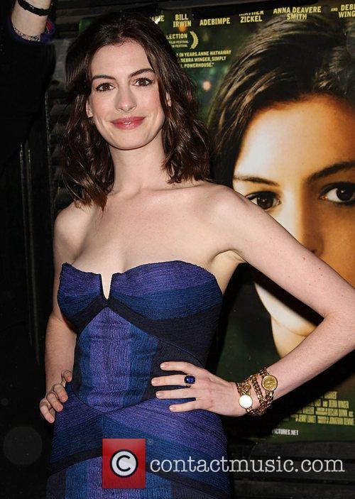 Anne Hathaway 23