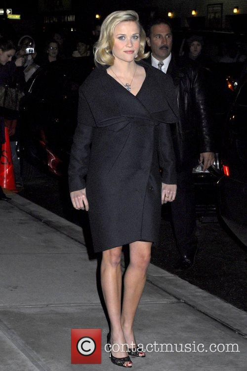 Reese Witherspoon and David Letterman 5