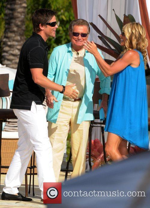 Kelly Ripa, Regis Philbin and Rob Lowe 4