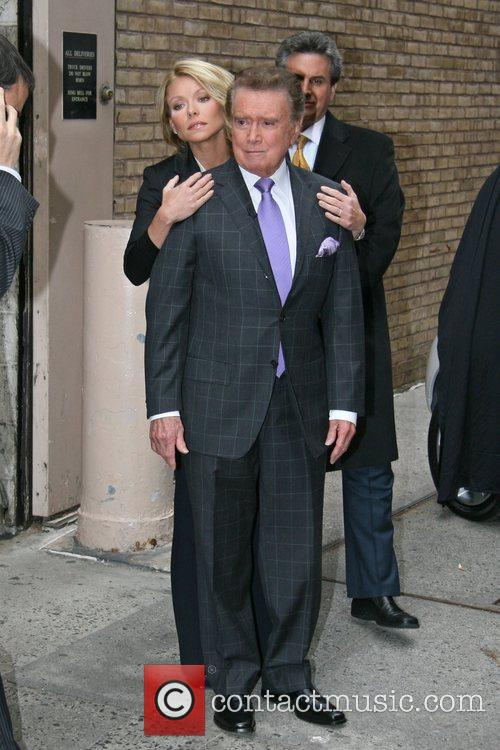 Regis Philbin and Kelly Ripa 6