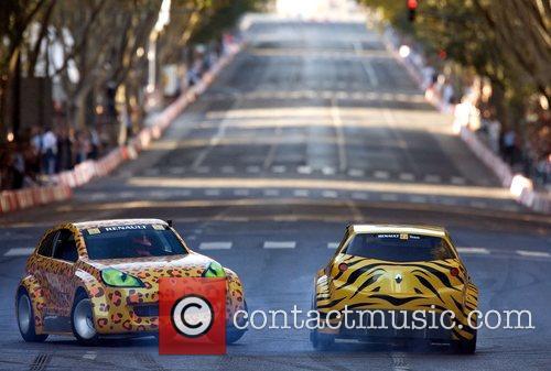 Street car circuit in Avenida da Liberdade as...