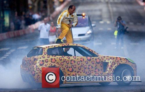 During the street car circuit in Avenida da...