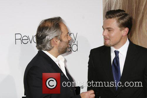 Sam Mendes and Leonardo Dicaprio 6
