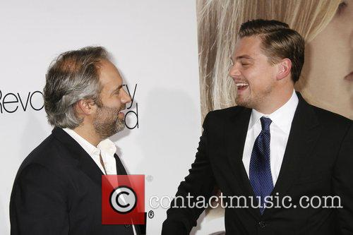 Sam Mendes and Leonardo Dicaprio 8