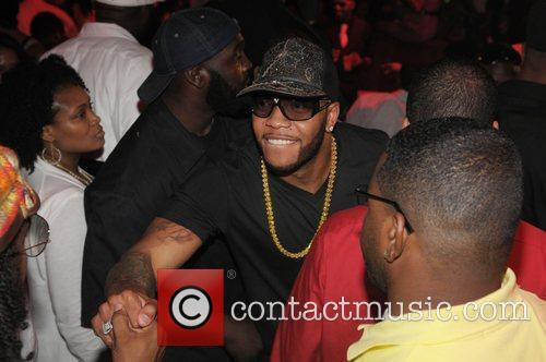 Flo Rida Sending 10 Bottles To Of Drink To Rick Ross For His Birthday 5