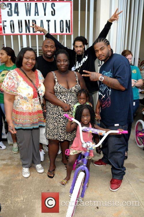Rick Ross' mother Tommie Robert, Miami Dolphin FB...