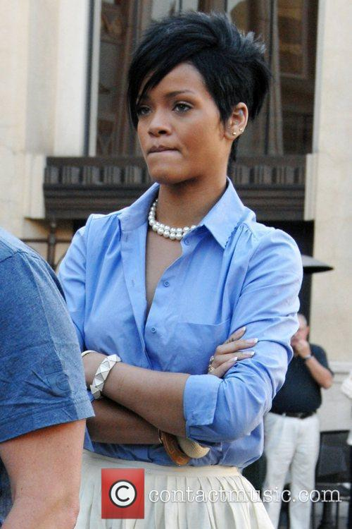 *file photos* * 'BEATEN RIHANNA SNAP' POSTED ONLINE...