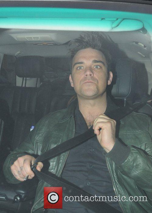 Robbie Williams leaving a recording studio London, England