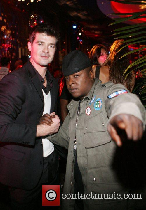 Robin Thicke and Jadakiss Robin Thicke's 'Something Else'...