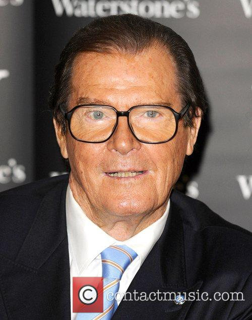 Roger Moore 7