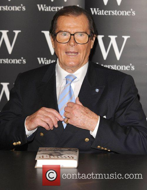 Roger Moore 5