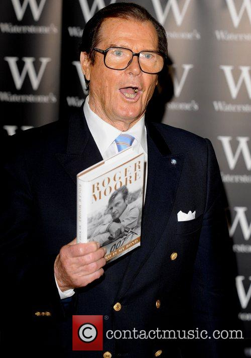 Roger Moore 6