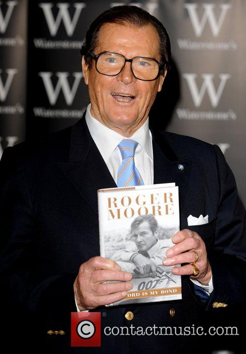 Roger Moore 12