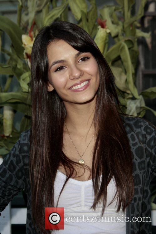 Victoria Justice Camp Ronald McDonalds 16th Annual Family...