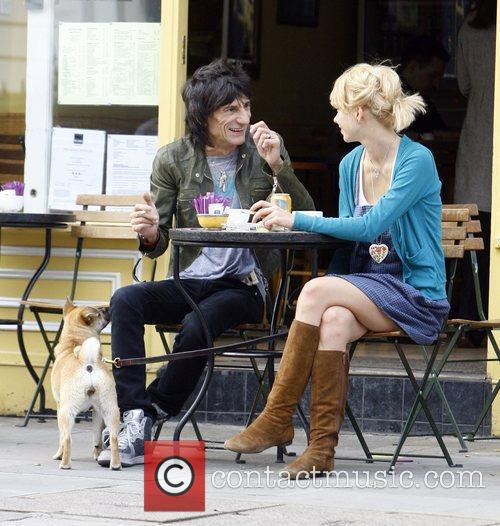 Ronnie Wood and Ekaterina Ivanova 11