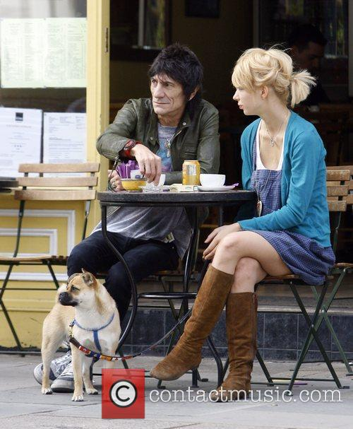 Ronnie Wood and Ekaterina Ivanova 22