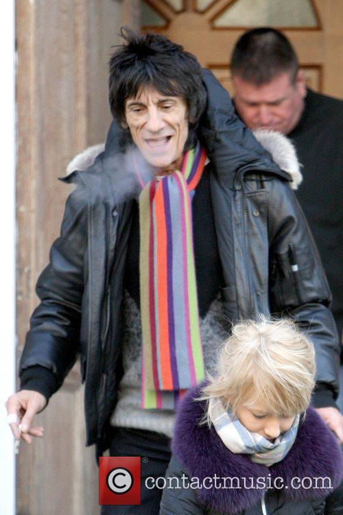 Ronnie Wood and Rod Stewart 7