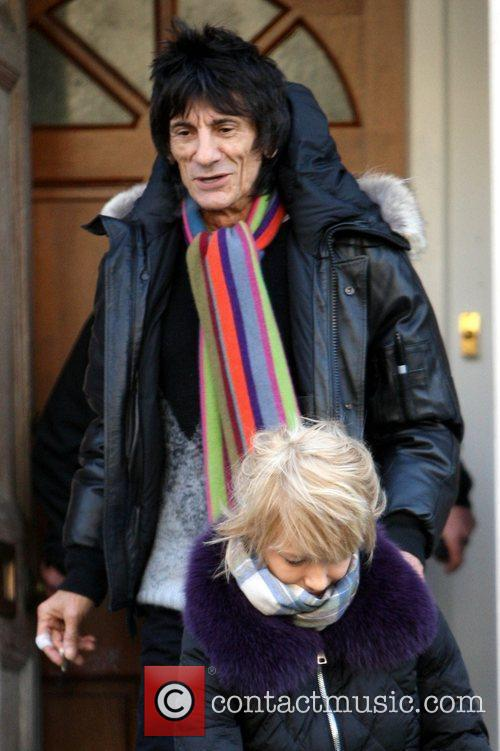 Ronnie Wood and Rod Stewart 10