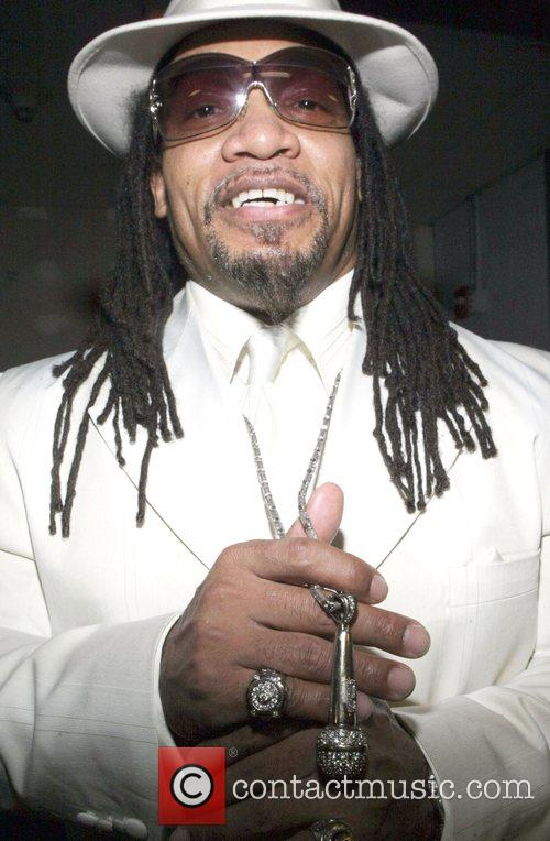 Melly Mel  The legendary Roots crew present...