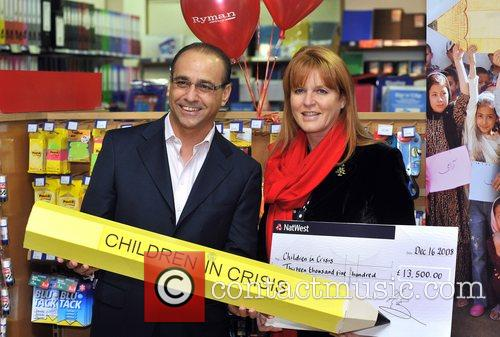 Dragons' Den Panelist, Sarah Ferguson, The Duchess Of York and Theo Paphitis 3