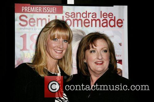 Sandra Lee and Phyllis Hoffman Launch The Premiere Issue Of New Magazine 'sandra Lee Semi-homemade' At Empire Hotel 5