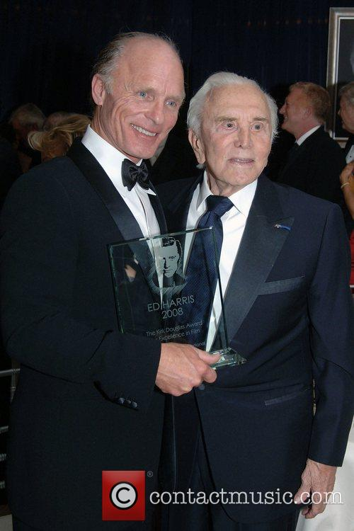 Ed Harris and Kirk Douglas 1