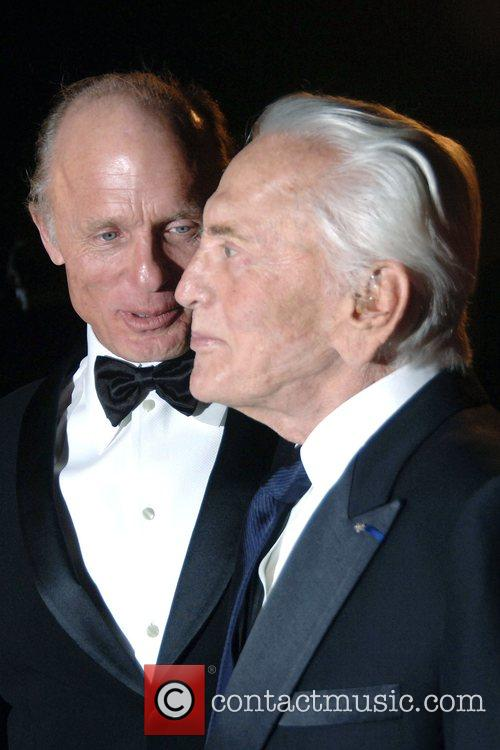 Ed Harris and Kirk Douglas 2